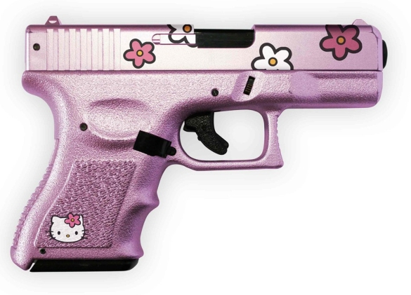 hello-kitty-pink-gun