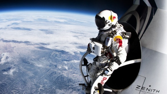 Felix-Baumgartner-at-the-Edge-of-Space_carousel1