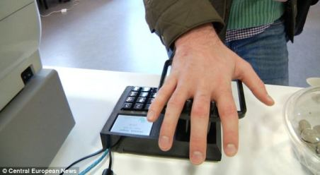hand scanning sweden