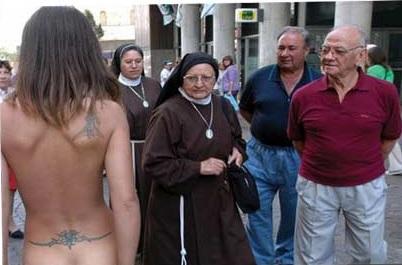 desnuda calle