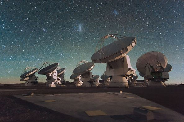 Atacama Large Millimeter Array (ALMA)