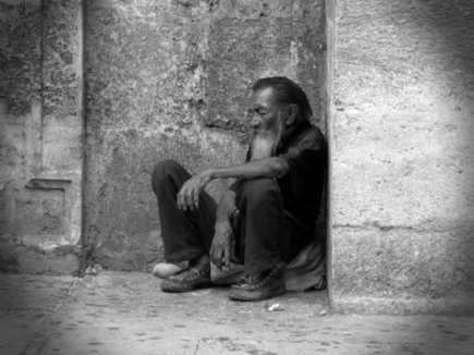 homeless_man_on_street_ret_00000