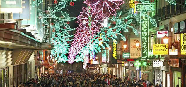 Calle_Preciados_Madrid_iluminada_Navidad