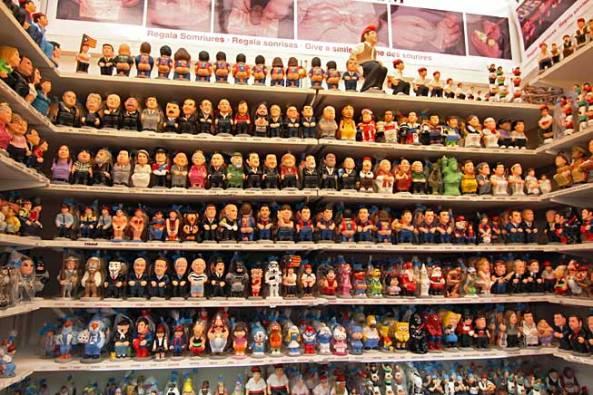spain barcelona christmas market caganer famous people - NAVIDAD: LA GRAN ORGÍA DE LA ESTUPIDEZ