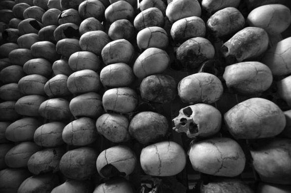 rwanda-genocide-skulls