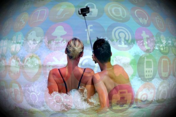 selfie-900001_1920