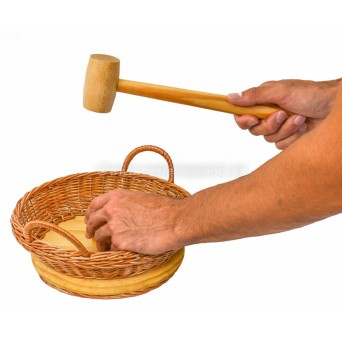cesta-de-mimbre-para-abrir-nueces